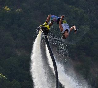 Flyboard_salto